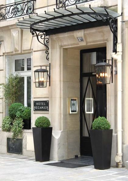 Hotel Chic Canopy Chic At The Hotel Recamier In Paris