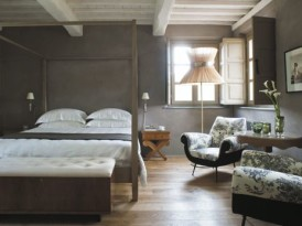 Chic Beds at The Locanda Al Colle Guesthouse