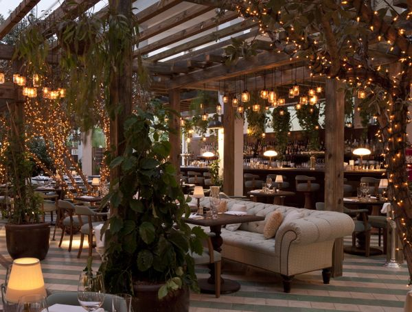 Hotel Chic Chic Dining At Cecconi S