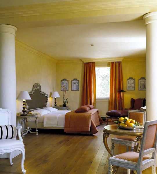 Hotel chic the allure of orange l andana in italy - Curtains with orange walls ...