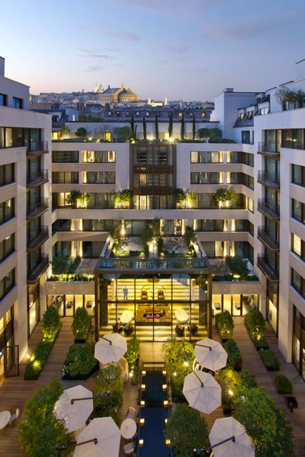 The Mandarin Oriental Just Opened In Paris This Summer Adding To List Of Grand And Luxe Right Bank Hotels Interiors Are Exactly What You Would