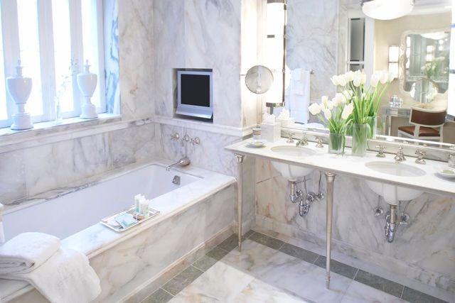 28043846-H1-Penthouse Master Bath