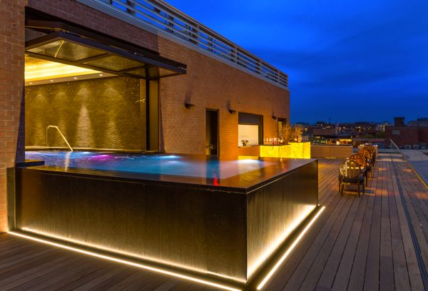 20_Capella_Georgetown_Rooftop_Pool