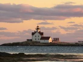 A New Lighthouse Inn in Maine