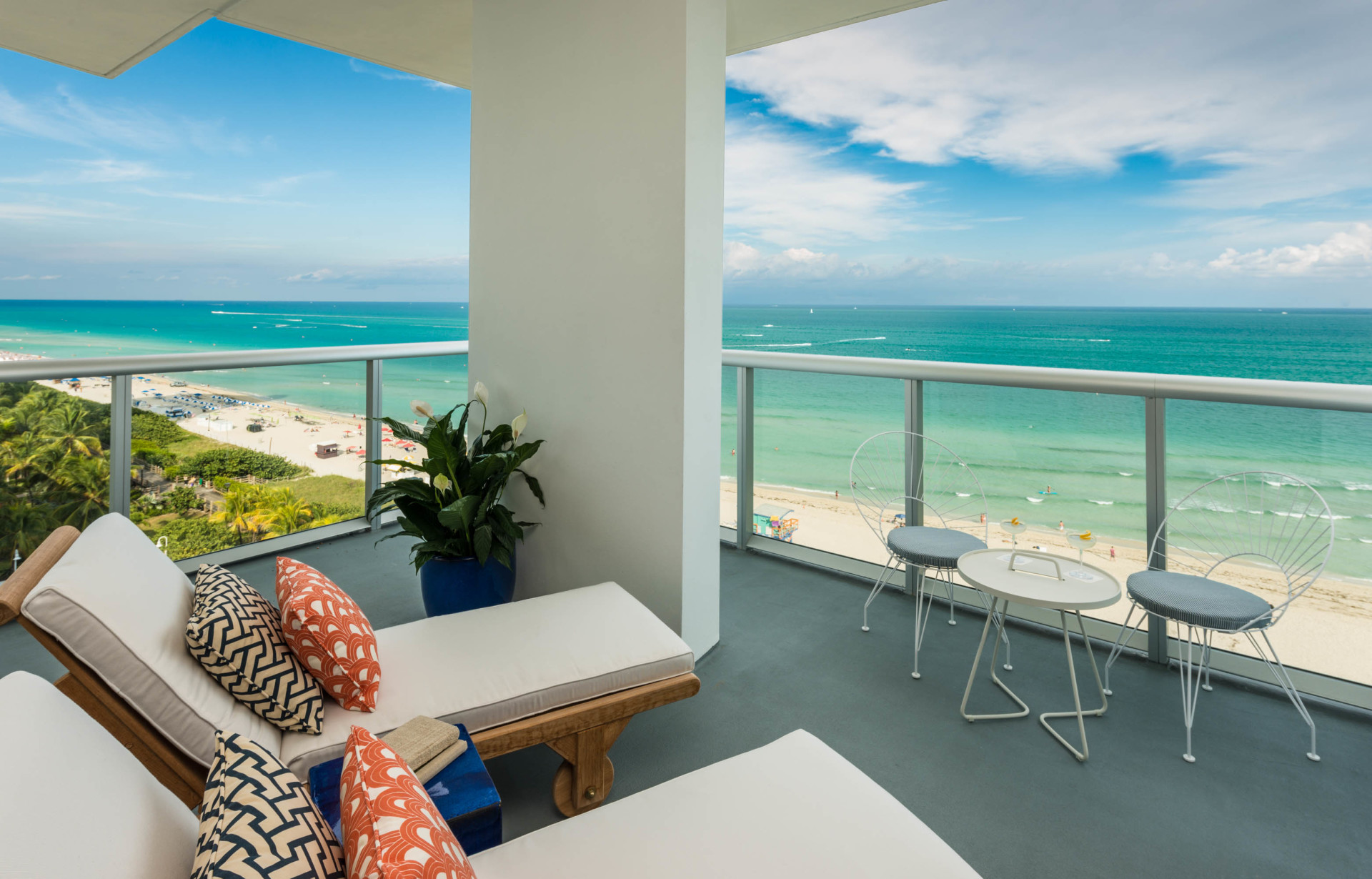 The Grooviest New Hotel in South Beach: Thompson Miami Beach